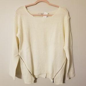Papaya large ivory knit sweater
